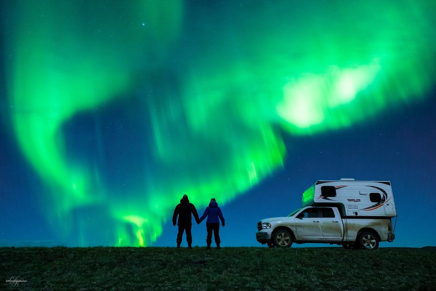 Photographer Proposed To His Girlfriend In Front Of The Northern Lights (3)