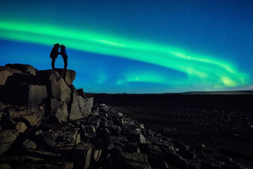 Photographer Proposed To His Girlfriend In Front Of The Northern Lights (4)