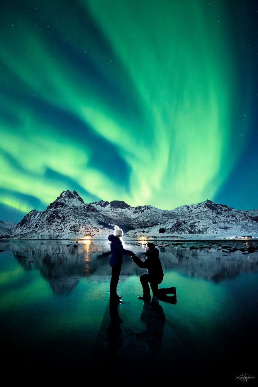 Photographer Proposed To His Girlfriend In Front Of The Northern Lights