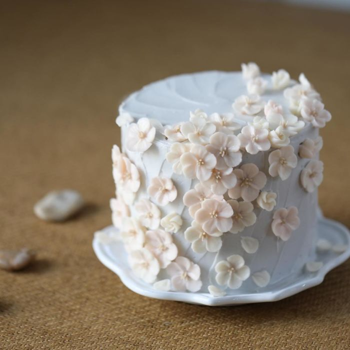 Yummy Blooming Flower Cakes (11)