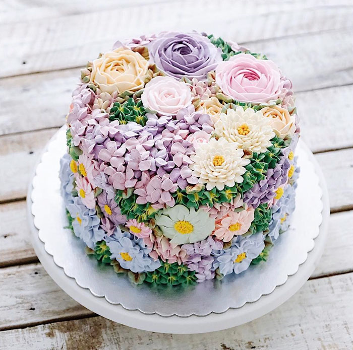 Yummy Blooming Flower Cakes (6)