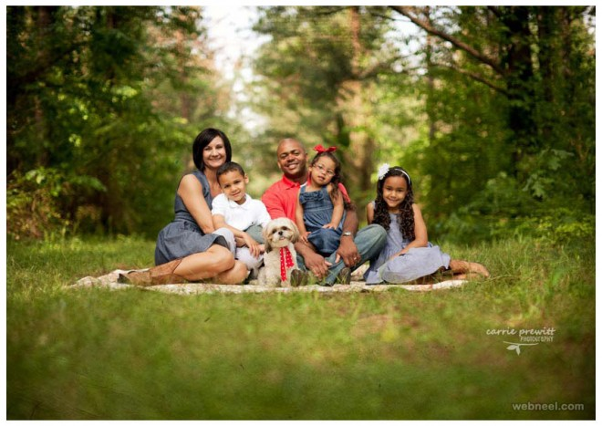 Beautiful Family Outdoor Photography Poses (2)