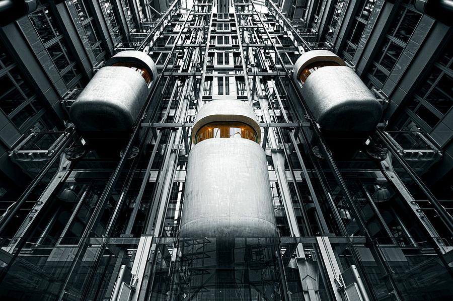 lift by Ralf Wendrich