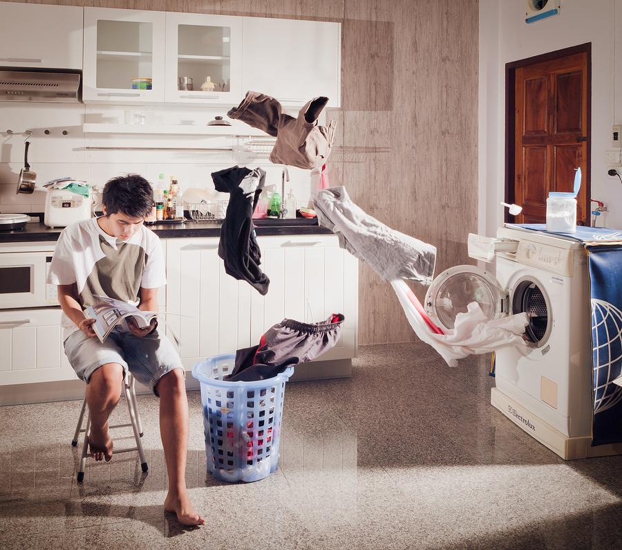 мужчины сюрреалистические детки фотографии заднем проходе ребенка