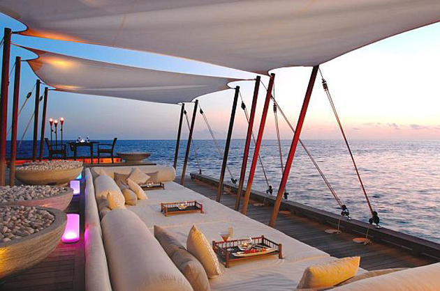 Luxurious-W-Retreat-Spa-in-the-Maldives-Terrace-Views