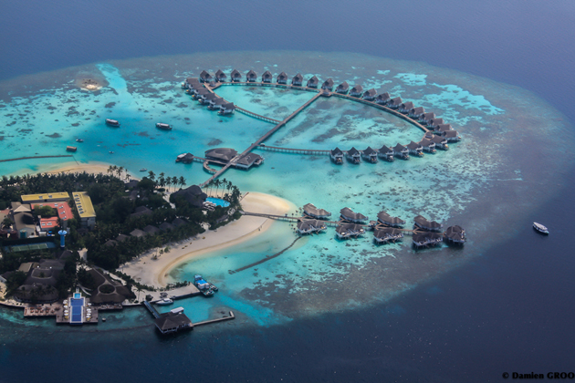 resort in maldives  by Damien GROO