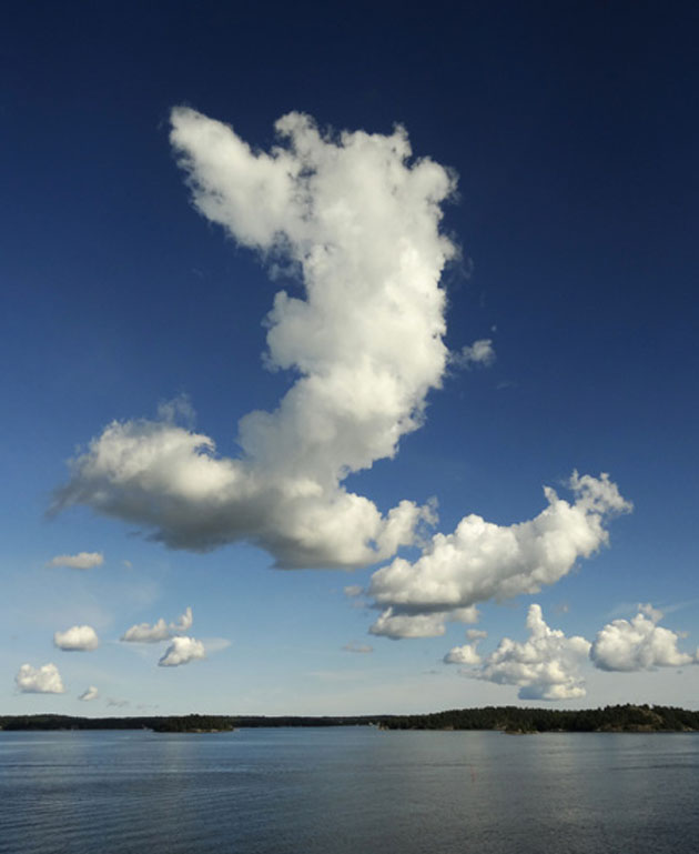 clouds_finnish_archipelago