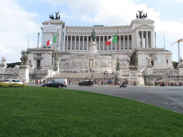 Rome_Victor_Emmanuel_monument