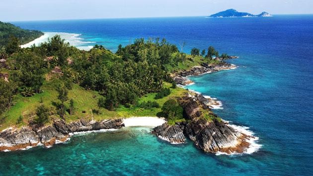 Cool-Green-Tropical-Island