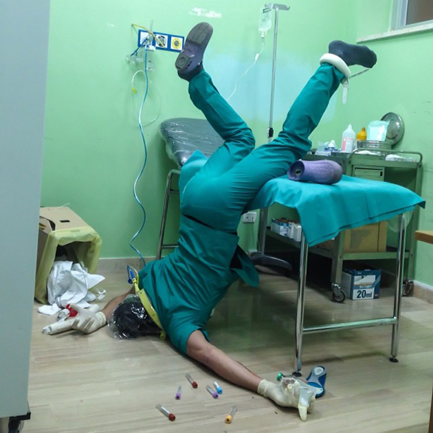 Hilarious Photo Series - Funny Photos of People Posing As If They Have Just Fallen Down (3)