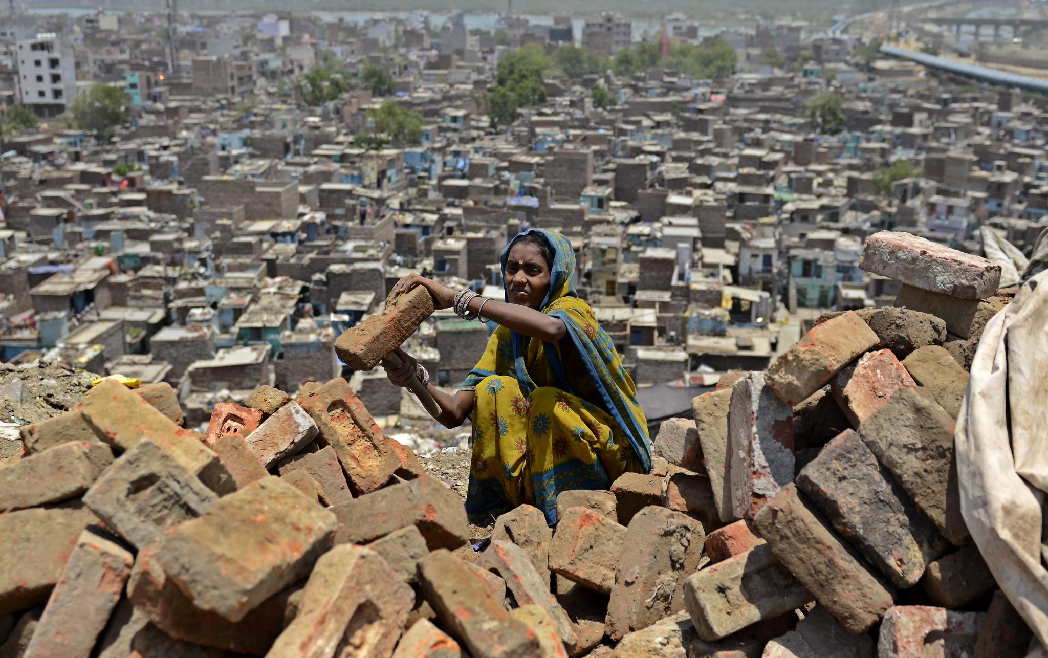 brick cleaning worker by Meeta Ahlawat on 500px