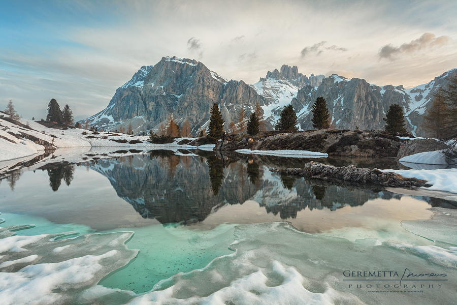 A fragile caress by Moreno Geremetta on 500px