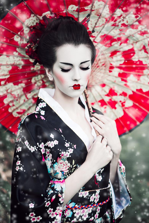 Beautiful Girls Photography by Karolina Ryvolova (1)