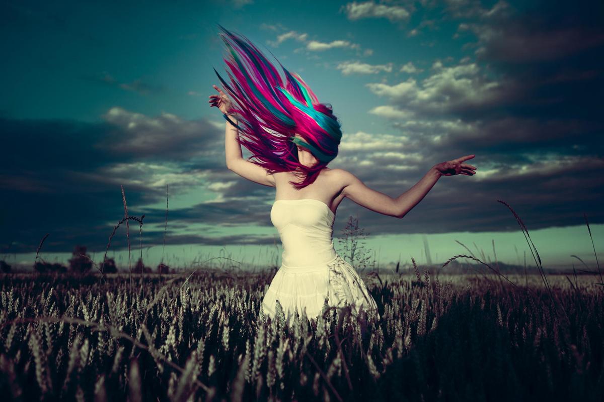Beautiful Girls Photography by Karolina Ryvolova (2)