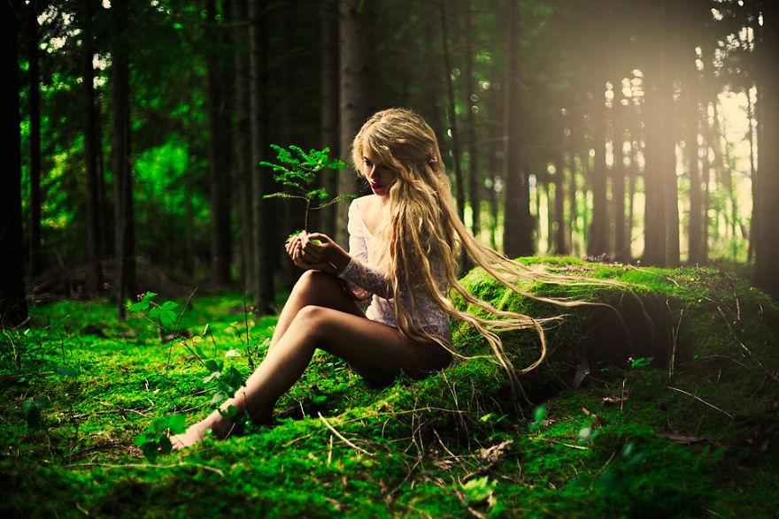 Beautiful Girls Photography by Karolina Ryvolova (5)