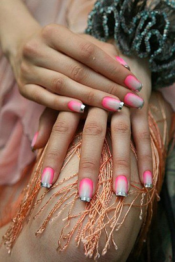 Lovely Metallic Nail Polish Ideas (43)
