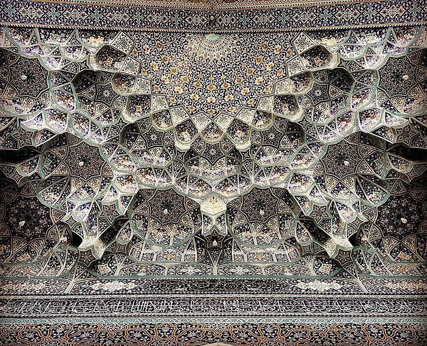 mesmerizing mosque ceilings in iran (3)