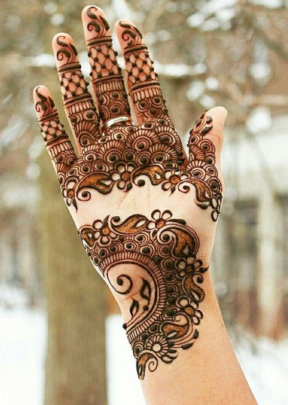 Beautiful Mehndi Designs (15)