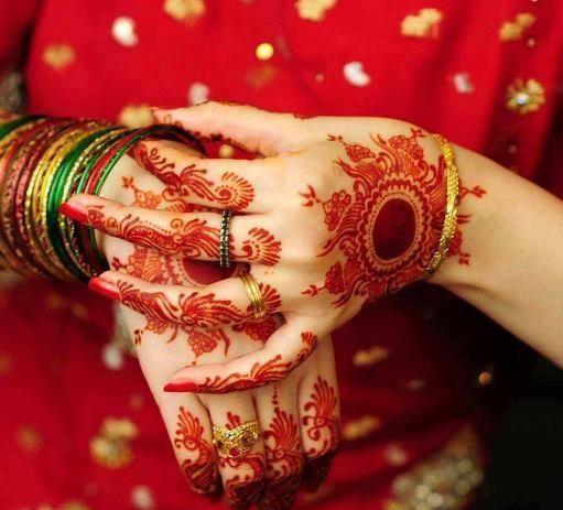 Beautiful Mehndi Designs (17)