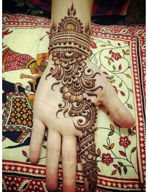 Beautiful Mehndi Designs (2)