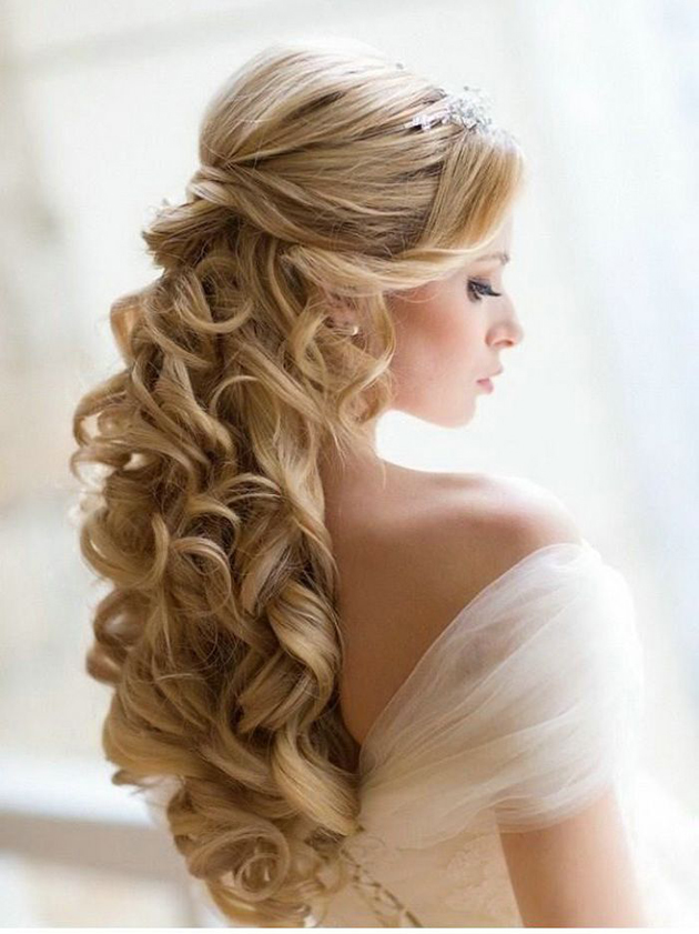 Gorgeous Curly Hairstyles (1)