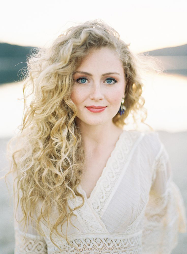 Gorgeous Curly Hairstyles (8)
