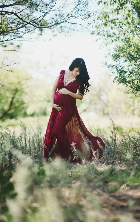 Beautiful Outdoor Maternity Photos (10)