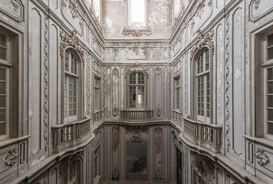 Abandoned Buildings Photography By Romain Veillon (16)