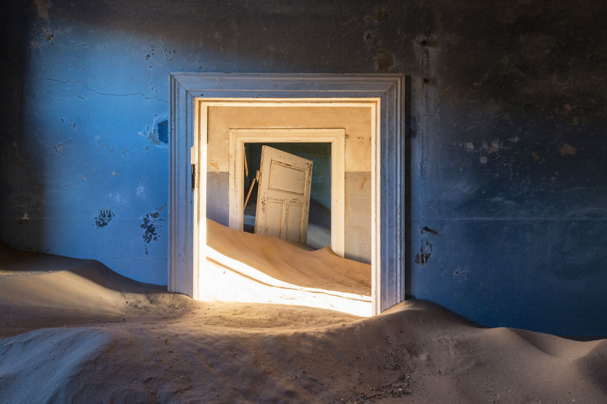 Abandoned Buildings Photography By Romain Veillon (18)