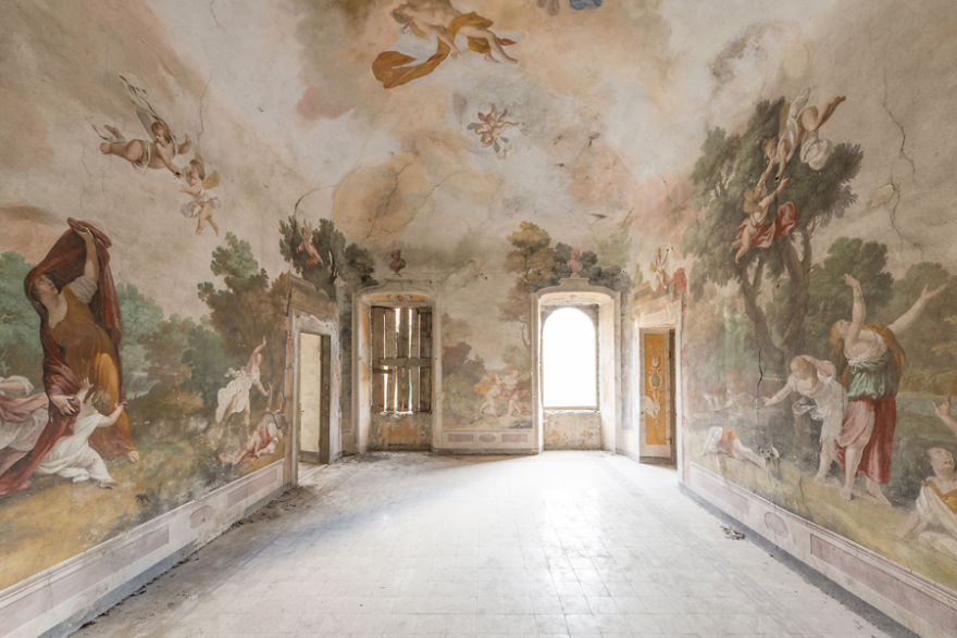 Abandoned Buildings Photography By Romain Veillon (20)