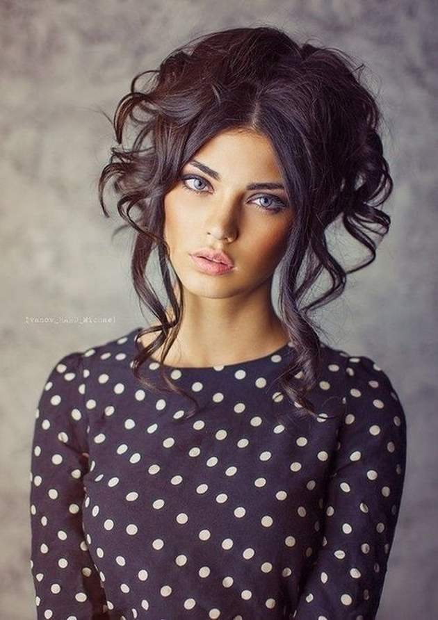 Girls Romantic Look Images (14)