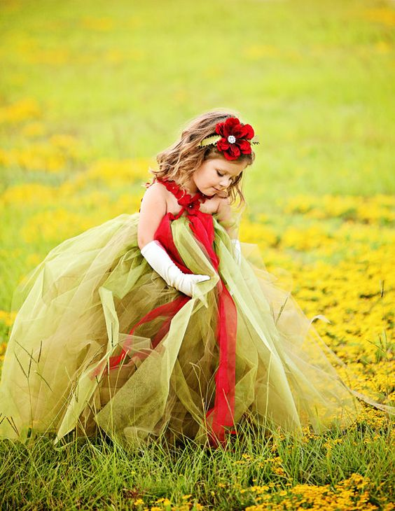 30+ Cute And Beautiful Flower Dress Baby Photos (11)