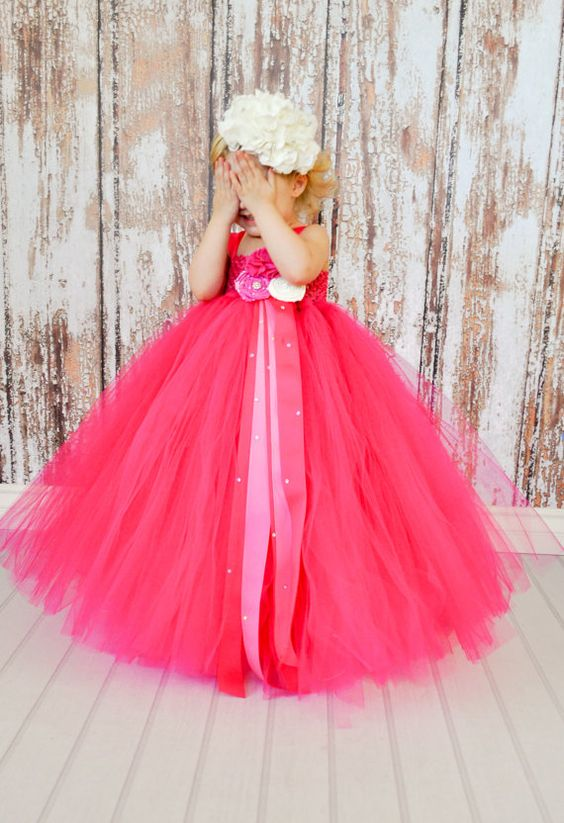 30+ Cute And Beautiful Flower Dress Baby Photos (20)