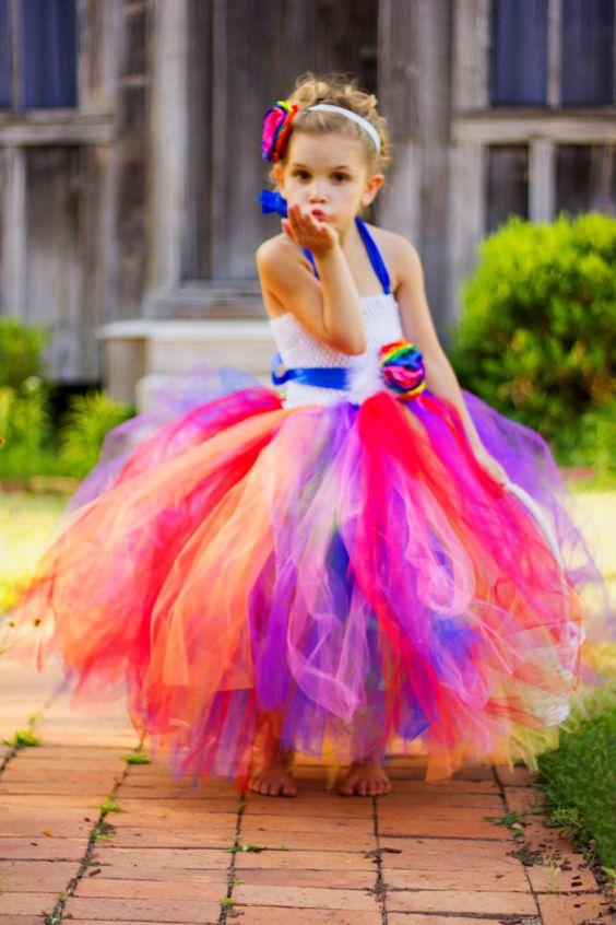 30+ Cute And Beautiful Flower Dress Baby Photos (24)