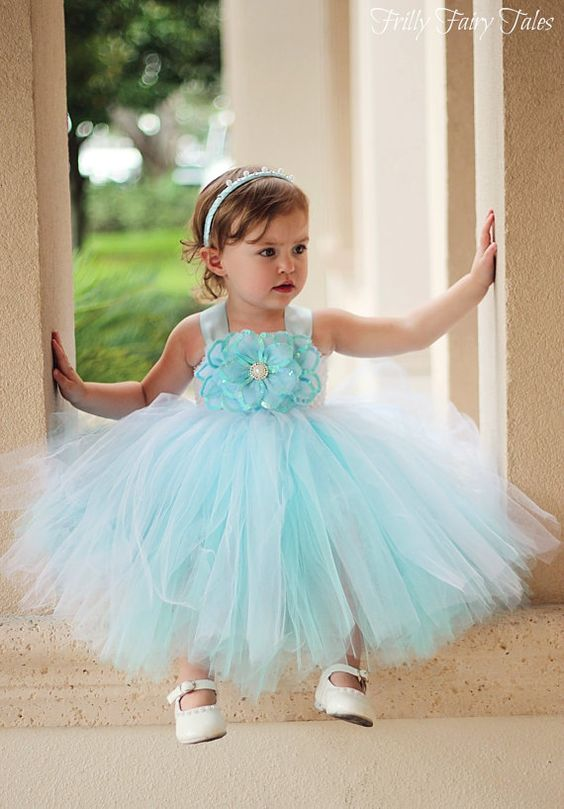 30+ Cute And Beautiful Flower Dress Baby Photos (25)