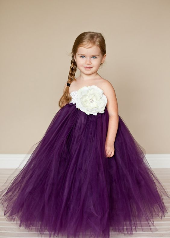 30+ Cute And Beautiful Flower Dress Baby Photos (29)
