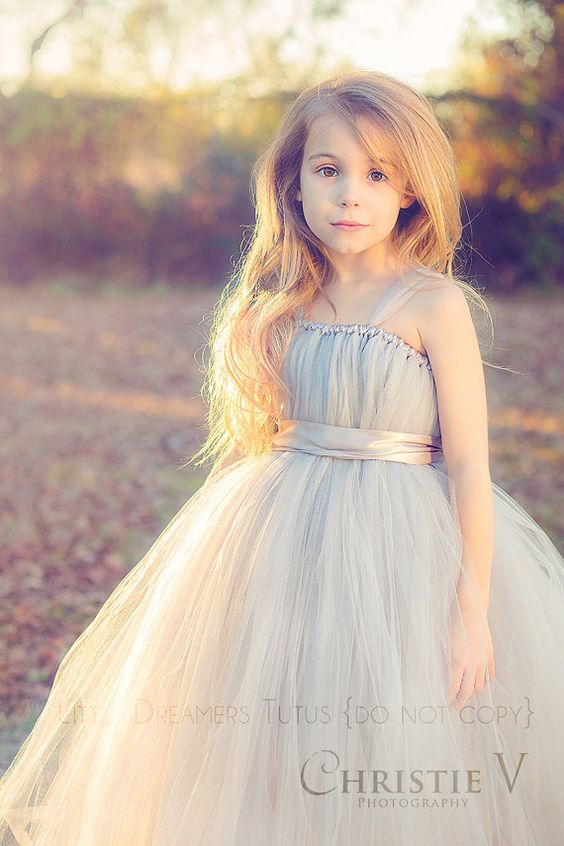 30+ Cute And Beautiful Flower Dress Baby Photos (4)