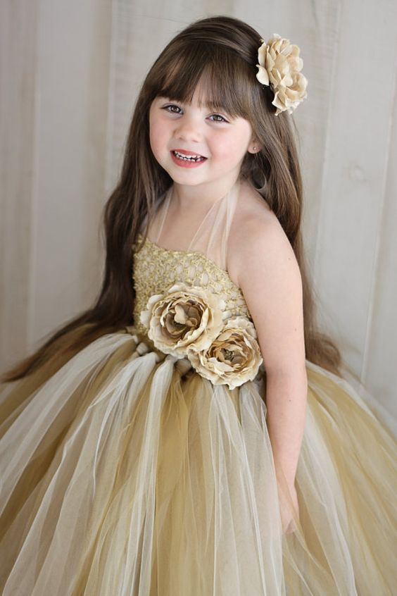 30+ Cute And Beautiful Flower Dress Baby Photos (8)