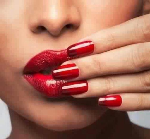 Beautiful Lips Of Girls (17)