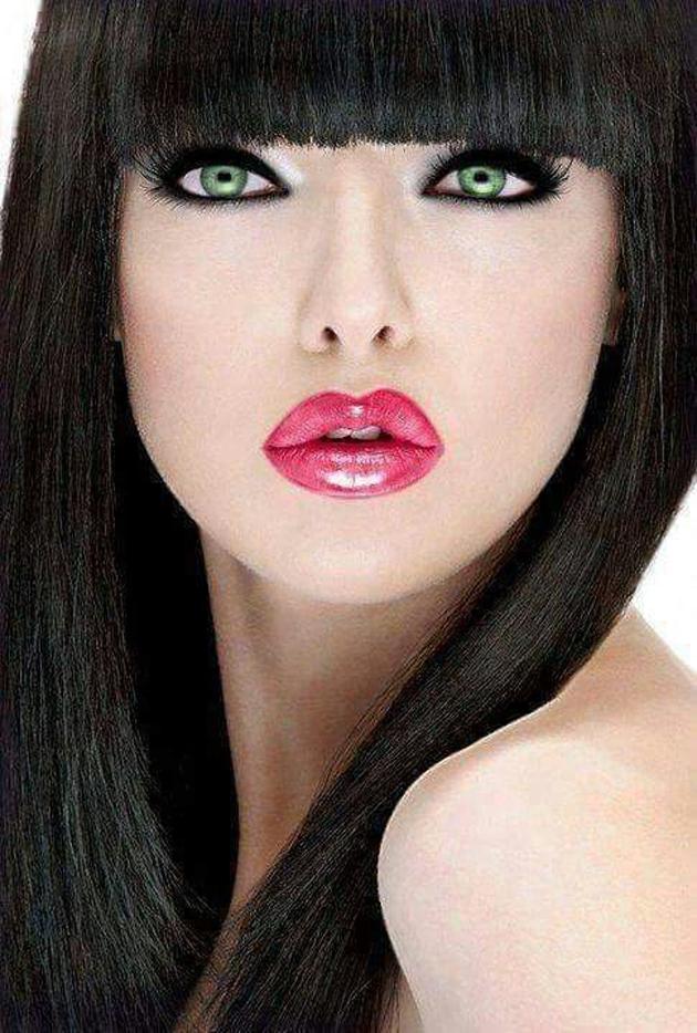 Beautiful Lips Of Girls (32)