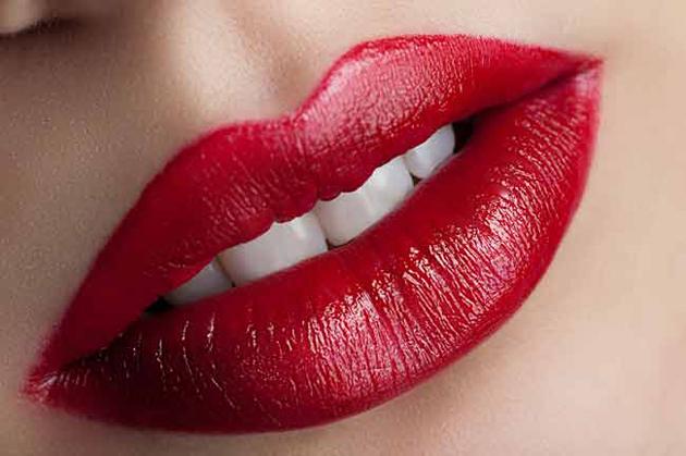 Beautiful Lips Of Girls (33)