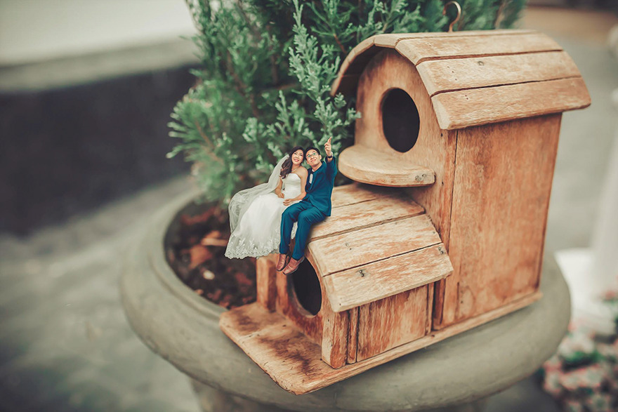 Clever Wedding Photographer Turns Couples Into Miniature People (26)