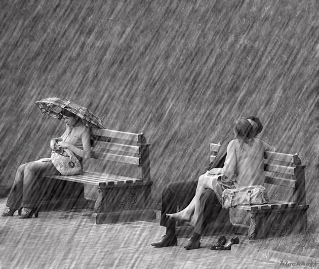 Cute Romantic Couples Black And White Photography In Rain -9988