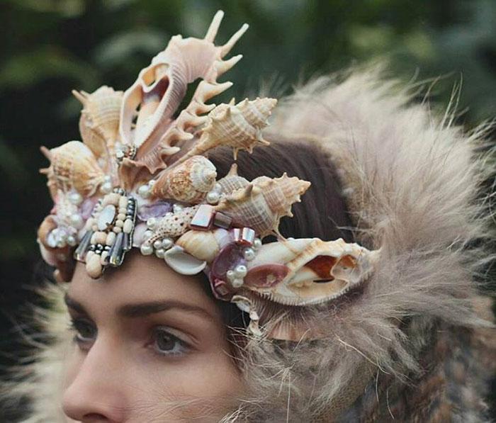 Mermaid Crowns With Real Seashells Photos (1)