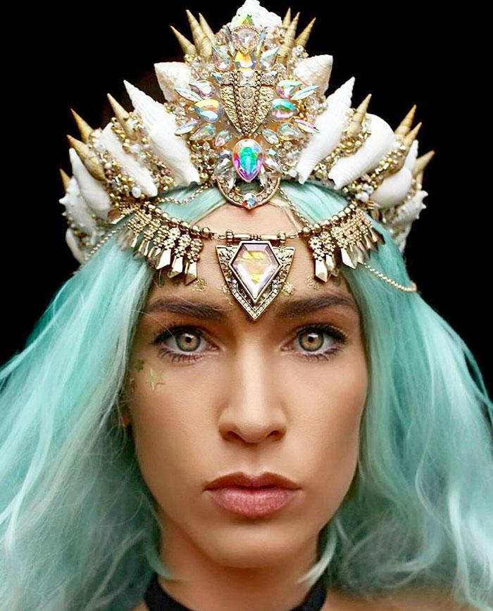 Mermaid Crowns With Real Seashells Photos (11)