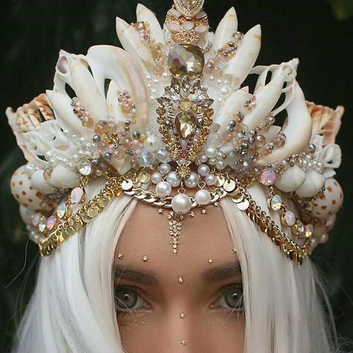 Mermaid Crowns With Real Seashells Photos (5)