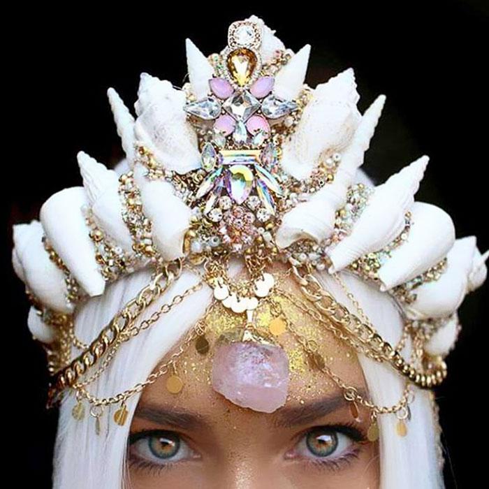 Mermaid Crowns With Real Seashells Photos (9)