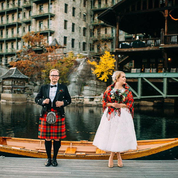 Traditional Wedding Outfits Look Around The World Photography (31)