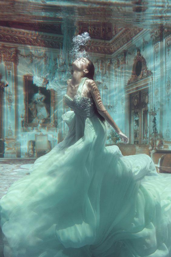 Onderwater Model - Underwater Fashion on Behance