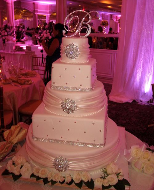 romantic-wedding-cake-images-10